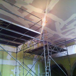 Rénovation du plafond d'une Église